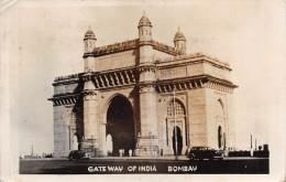 "01125 ""GATEWAY OF INDIA BOMBAY"" ANIMATA, AUTO.  CART. POSTALE.  SPEDITA 1950 - India"
