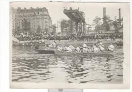 """Photo Originale Agence De Presse Branger """"Joute Lyonnaise à L'Ile Du Cygne à Passy"""" Circa 1912 - Sport"""