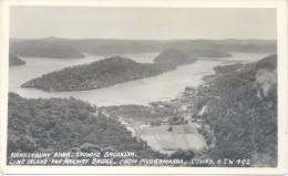 HAWKESBURY RIVER SHOWING BROOKLYN LONG ISLAND AND RAILWAY BRIDGE FROM MUOCAMARRA COWAN NEW SOUTH WALES - Australië