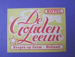 HOTEL RESIDENCE MOTEL GOUDEN LEEUW BERGEN OP ZOOM HOLLAND NETHERLANDS DECAL STICKER LUGGAGE LABEL ETIQUETTE AUFKLEBER - Hotel Labels