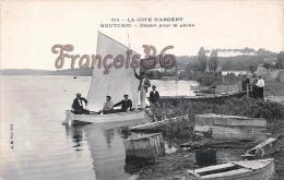 (33) Moutchic - Départ Pour La Pêche Pêcheurs - Voilier Boat Barques -  TBE - 2 SCANS - France