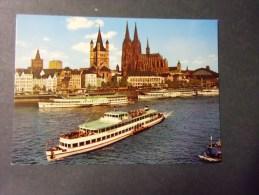 Allemagne Koln Am Rhein  Cathedrale Et Bateau (wiessaden ) - Vari