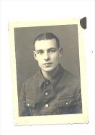 ARMEE BELGE - Photo ( 5 X 7 Cm) Soldat J. MAGIS De HERMALLE Prisonnier HAYNAU Stalag VIII A - Allemagne -1941(b161) - Guerre, Militaire
