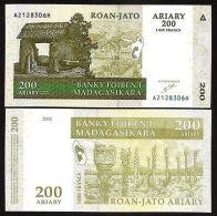 MADAGASCAR : 200 Ariary  De L 2004   Pick 87   Fds  UNC - Madagascar