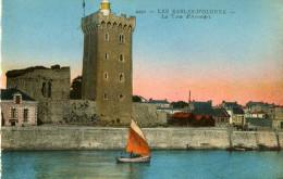 LOT DE 2 CARTES - LES SABLES D'OLONNE - La Tour D'Arundel - Entrée Du Port, Animée - France