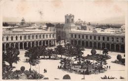 ��  -  Carte-Photo  -   PEROU   -  AREQUIPA    -  La Place en 1921      -  ��