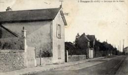 78 TRAPPES  Avenue De La Gare - Trappes