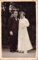 ��  -   Carte-Photo non Situ�e   -   Un Couple de Jeune Mari�s  -  Mariage   -  ��