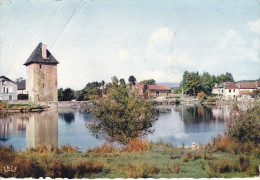 Francia--Peirat-le-Chateau--1961--La Tour Ancienne Des Princes De Lusignan--Cachet--La Croisille Sur Briance - Limoges