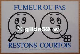 Autocollant - FUMEUR OU PAS, RESTONS COURTOIS - Stickers