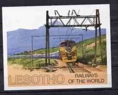Hb-27 Lesotho - Treni