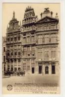 BRUXELLES - Grand Place, La Maison Des Cerciers, Dite Le Renard, Avec Des Sculptures De Marc De Vos ..... - Marktpleinen, Pleinen