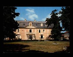 33 - ARES - Chateau - Arès