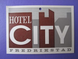HOTEL HOTELLI HOTELL HOTELLET PENSION CITY FREDRIKSTAD NORVEGE NORWAY NORGE DECAL LUGGAGE LABEL ETIQUETTE AUFKLEBER - Hotel Labels