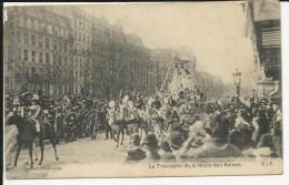 Carte Postale    : Paris   / Char / Carnaval : Le Triomphe De La Reine Des Reines - Manifestazioni