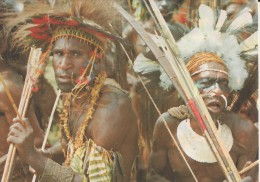 Goroka Show, Eastern Highlands Province (2009) 2 Scans - Papoea-Nieuw-Guinea