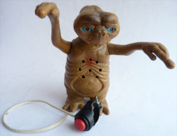 FIGURINE E.T. ARTICULE Sonnore Et Lumineux EN PLASTIQUE  Marque Inconnue - Figurines