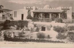 Cpa Tunisie  CARTHAGE   Hotel Des Citernes (ou Hotel Des Citernes Romaines)  Animée, Dos Vierge , TBE - Tunisie