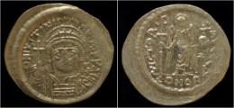 Justinian I AV Solidus - Byzantines