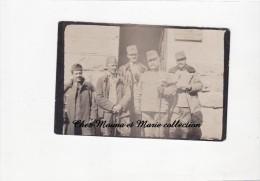 WWI - PHOTO MILITAIRE 9 X 6 CM - DEUTSCHEN OFFIZIEREN - KÜCHE DER VERKÖSTIGUNGS STATION - OFFICIERS ALLEMANDS - ALLEMAND - Guerre, Militaire