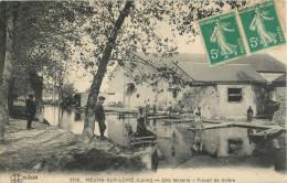 45 MEUNG SUR LOIRE - UNE TANNERIE - TRAVAIL DE RIVIERE - France