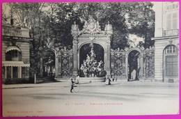 Cpa Nancy Fontaine D' Amphitrite 1900 Carte Postale 54 Place Stanislas Edition Bergeret Non Ecrite - Bergeret