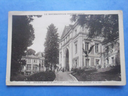 03-BOURBON L´ARCHAMBAULT établissement Thermal Et Le Casino - Monuments