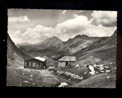 Montagne De L'Oisans  Hautes Alpes 05 : Refuge De L'ALPE DU VILLAR D'ARENE CAF Club Alpin Français - Autres Communes