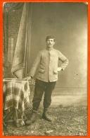 CPA AK Prisonnier De Guerre - Carte PHOTO Studio à EISERFELD SIEGEN * Allemagne War Krieg - Guerra 1914-18