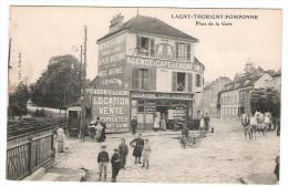 CPA 77 LAGNY THORIGNY POMPONNE PLACE DE LA GARE AGENCE ET CAFE DE LAGNY COMMERCE - Lagny Sur Marne