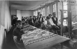 23 AUBUSSON  CARTE PHOTO Originale Ayant Servi à Réaliser La Carte Postale Tapissiers Manufacture J. SCHENK... - Aubusson