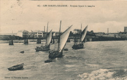 LES SABLES D'OLONNE - Barques Fuyant La Tempête - Sables D'Olonne