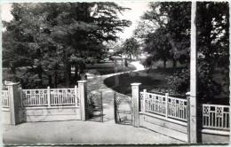 Décines (69) (Autrefois Dans L'Isère 38) - Entrée Du Nouveau Jardin Public - France