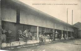 MESGRIGNY MERY LE LABORATOIRE DE LA LAITERIE MAGGI - France