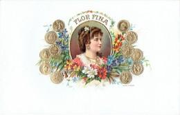 Ancienne étiquette Gaufrée Boite à Cigares FLOR FINA (G.K. DEP N°26404) - Documents