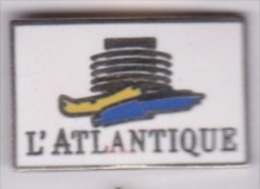 Beau Pin´s En EGF , Marine Bateau ?? L'Atlantique - Barcos