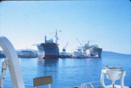 P63 - Navires en construction La Seyne ?? 1975 - Diapositive photo automobile