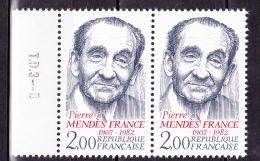 N° 2298 Hommage à Pierre Mendès France  ( 1907-1982 ) Une Paire De 2  Timbres Neuf - France