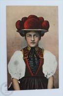 Old Postcard Folklore Topic - Volkstracht Aus Dem Schwarzwald - Folklore Costume - Vestuarios