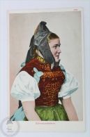 Old Postcard Folklore Topic - Raum Für Mitteilungen - Schwarzwälderin - Folklore Costume - Vestuarios