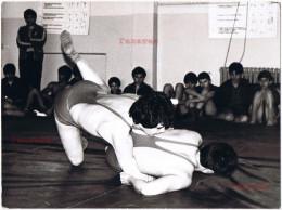 BULGARIA 1970s SEMI-NUDE NAKED TEENAGE WRESTLER BOYS EXTRA LARGE REAL PHOTO Aa245 - Photos