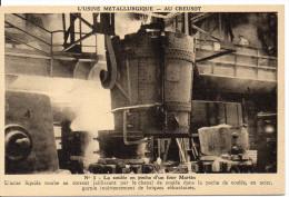 71 LE CREUSOT - L'usine Métallurgique - N°5 La Coulée En Poche D'un Four Martin - Le Creusot