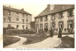 Montfort Sur Meu. La Cour D'entrée Du Séminaire Des Missions De Montfort Sur Meu . - France