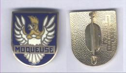 Insigne De L´Aviso Dragueur La Moqueuse - Marine
