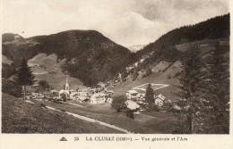CPA - La CLUSAZ (74) - Un Quartier De La Ville Et Vue Sur L'Ars - La Clusaz