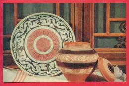 163290 / Artist China Chine Cina - PLATE PRODUCTION Jingdezhen, Jiangxi Province And Pitcher Proizvodsto Sichuan - Autres