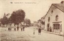 87 LAURIERE - UN COIN DE LA PLACE ( DEVANTURE EPICERIE ) - Lauriere