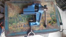 Etau D'horloger 40 Mm Ouvert - Jewels & Clocks