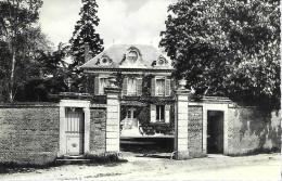 Thieux - Oise - Le Chateau - Frankreich