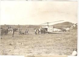 """Photo Ancienne """"Guerre Du Kippour - A Quelques Kilomètres De Damas, Un Blessé Israélien Est évacué"""" 1973 - Guerre, Militaire"""